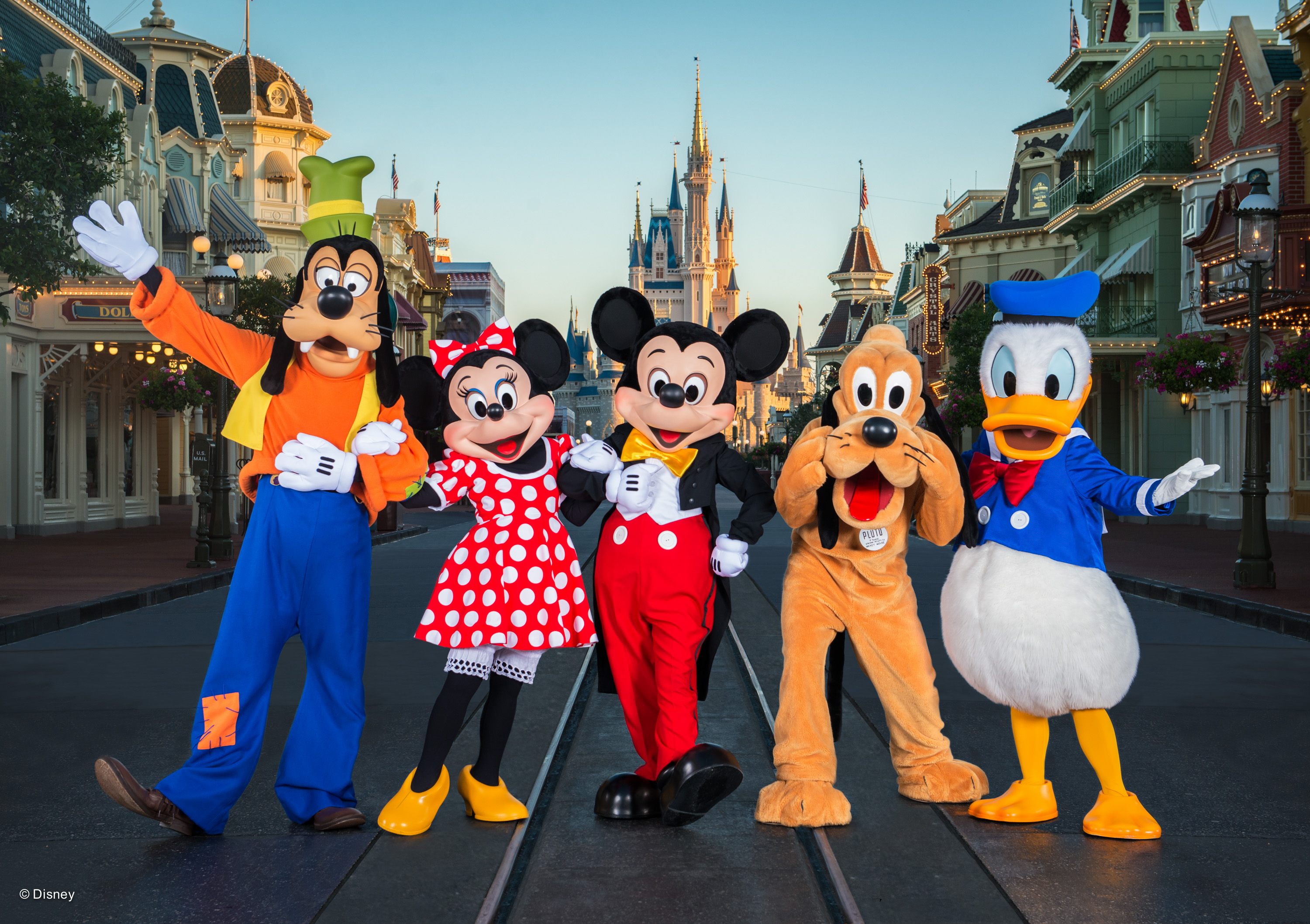 Cost Saving Tips for a Disney World Vacation  For a